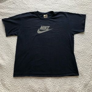 Navy Nike tee Large